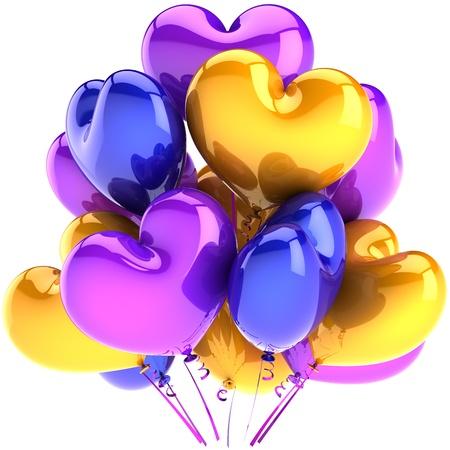 globos de cumplea�os: Globos con forma de coraz�n cumplea�os decoraci�n p�rpura, azul, amarillo multicolor. Abstracto, alegr�a, feliz. Matrimonio amor rom�ntico de la boda concepto de celebraci�n. 3D render detallado. Aisladas sobre fondo blanco