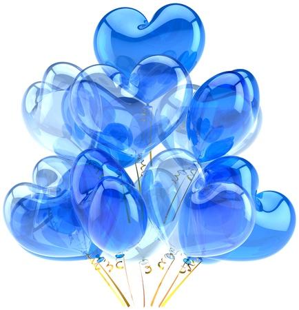 Parti ballons bleu cyan translucide en forme de forme de coeur. Décoration pour la célébration anniversaire de naissance de vacances. Émotions joie fun heureux abstraites. Détail de rendre 3d. Isolé sur fond blanc Banque d'images - 11138104