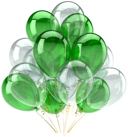 Parti ballons vert translucide et incolore. Décoration de fête d'anniversaire anniversaire de la célébration diplôme retraite. Abstraite heureux joie positive. Détail rendu 3d. Isolé sur fond blanc Banque d'images - 11188473