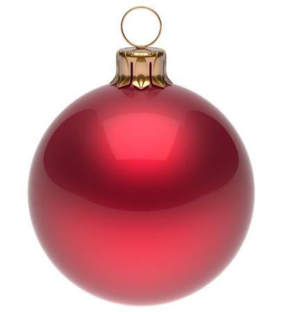 esfera: Bola roja de Navidad Nochevieja chuchería invierno decoración esfera brillante colgando clásico adorno. Ornamento tradicional de invierno felices fiestas feliz Navidad símbolo redondos en blanco. 3d render aislado Foto de archivo
