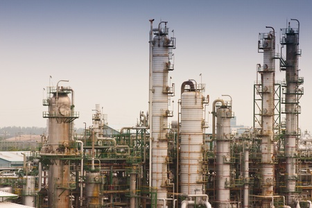 chemical substance: Gas refineries plants Editorial