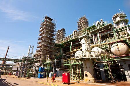 Repair the refinery plant Stock Photo - 11906255