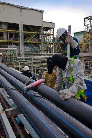 welding pipe in petrochemical plant