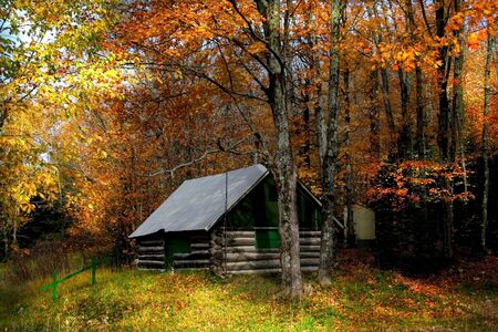 log cabin: Beautiful Autumn Scene Stock Photo