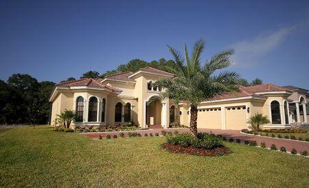 upscale: Wide angle shot of luxurious Florida house