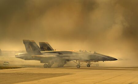 War Plane In Smoke Imagens