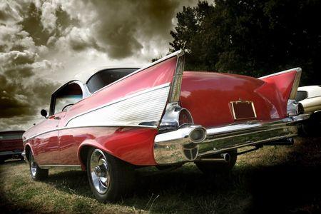 赤のクラシックカー