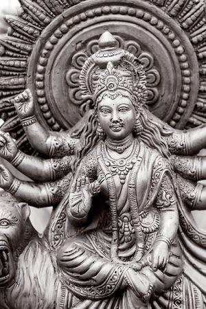 Diosa hindú con muchas manos en Blanco y Negro Foto de archivo - 5349998