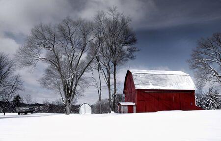 barns: Old red barn