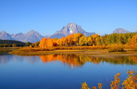 Grand tetons national park from Oxbow bend Stock Photo - 7940158