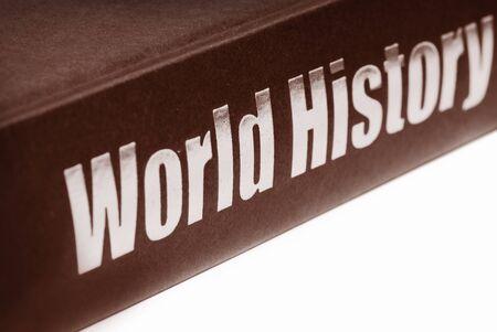 antieke wereld geschiedenis boek geïsoleerd op witte achtergrond