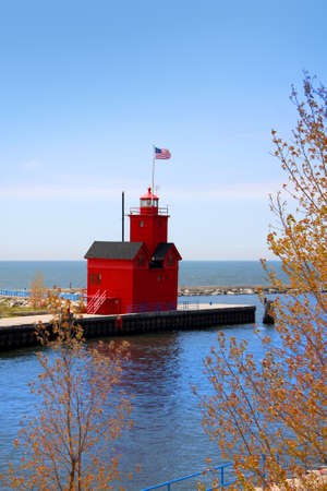 lake michigan lighthouse: Faro de Michigan de Holanda Foto de archivo