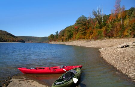 allegheny: Kayaking in Allegheny river in fall time
