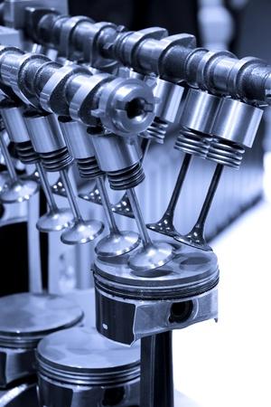 실린더: 내부 연소 엔진의 피스톤과 실린더 상세