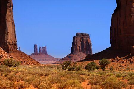 Scenic landscape of Monument valley in Arizona Stock Photo - 11972426