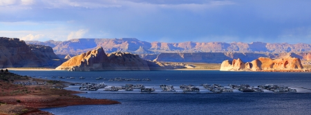 Panoramic view of Lake Powell recreation 스톡 콘텐츠