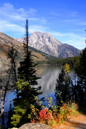 rocky mountain national park: View of Grand Tetons mountains from Jenny lake Stock Photo