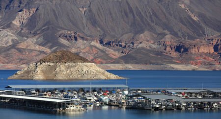 mead: Boating in scenic lake Mead