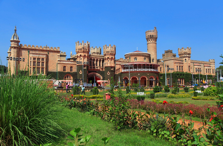 역사적인 방갈로르 궁전