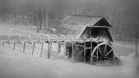 Grist Mill, Fowler park Indiana 版權商用圖片 - 92531416