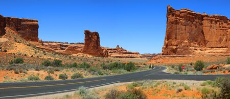 Arches national park scenic by way panoramic view Imagens