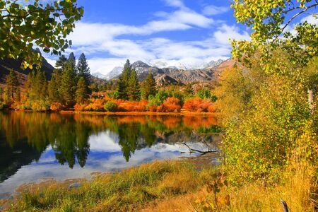 L'automne dans les montagnes de l'est de la Sierra Banque d'images