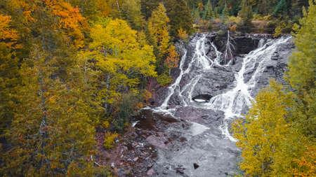 Eagle river falls in Keweenaw peninsula in Michigan upper peninsula during autumn time. Standard-Bild