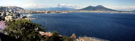 seaports: Panoramic view of the gulf of Naples with mount Vesuvius in the background