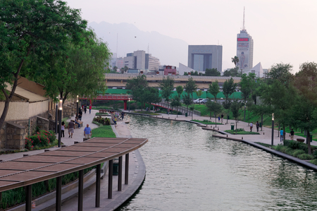 nuevo: Paseo Santa Lucia, Monterrey, Mexico