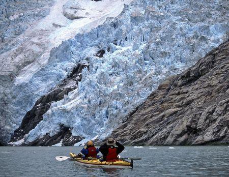 Sea kayaking Northwestern Lagoon