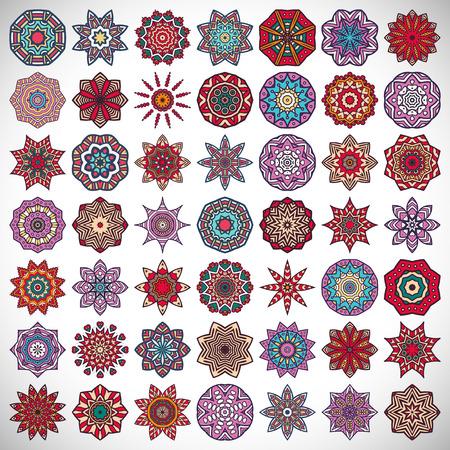 만다라와 장식 아름다운 카드. 기하학적 원형 요소