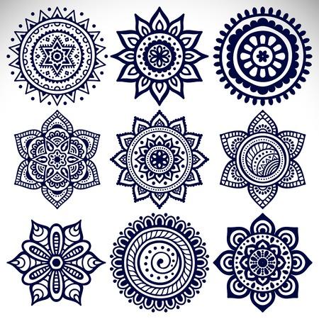 Ornamento tarjeta hermosa con la mandala. Elemento círculo geométrico Foto de archivo - 43907229