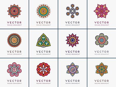 indische muster: Ornament schöne Karte mit Mandalas. Geometrische Kreis-Element