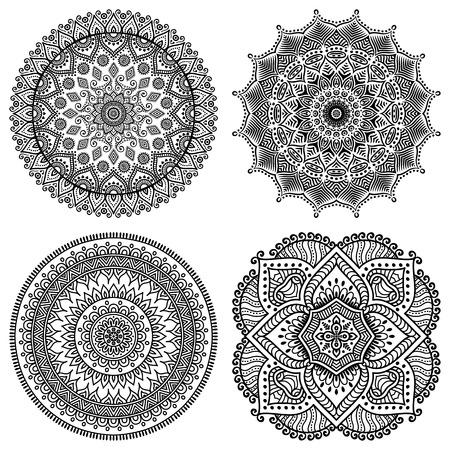 indische muster: Ornament schöne Karte mit Mandalas. Geometrische Kreis-Element im Vektor