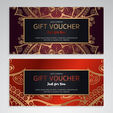 Vector set of luxury red gift vouchers. Elegant template for a festive gift card Vettoriali