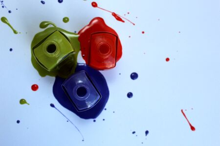 Spilled and open nail polish three jokes Banque d'images