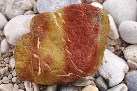 Stein an der Isar - Red Jurassic Lime Standard-Bild - 92353515