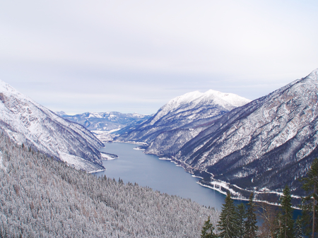 Achensee im Winter Standard-Bild - 91124085