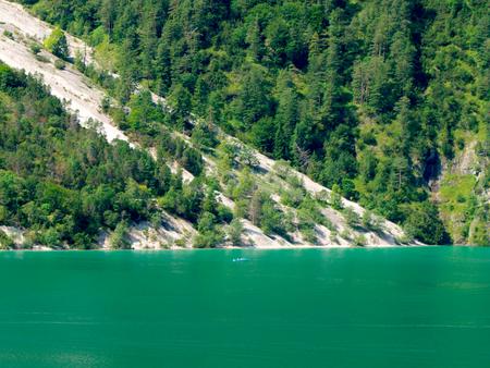 Boote auf dem Achensee in Tirol Standard-Bild - 91124102