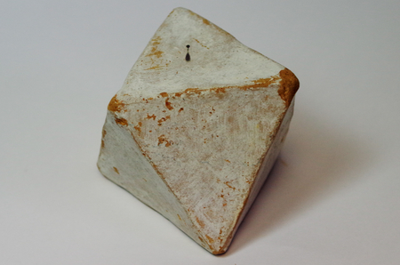 Octahedron of the Platonic solids of clay Standard-Bild - 98916756