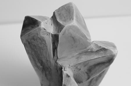 Crystal Skulptur aus Ton Standard-Bild - 98961905