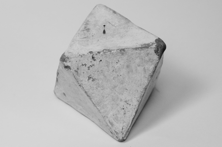 Octahedron made of clay in art therapy Standard-Bild - 98922720