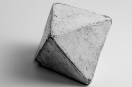 Octahedron made of clay in art therapy Standard-Bild - 98908068