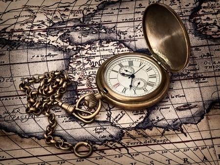 orologi antichi: travelling theme: vintage clock at antique map