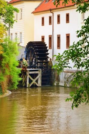 molino de agua: Molino Viejo En El Centro De Praga, República Checa Foto de archivo