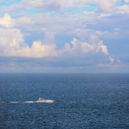 ruffle: Speed-Boat in the Black Sea