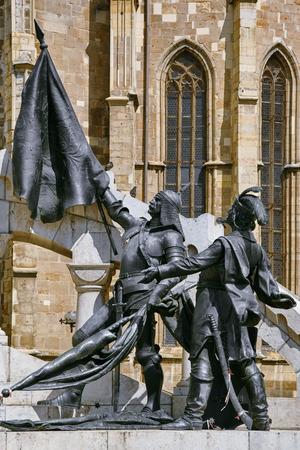 chain armour: Statue of Warriors of King Matthias Corvinus in Cluj-Napoca, Romania Stock Photo