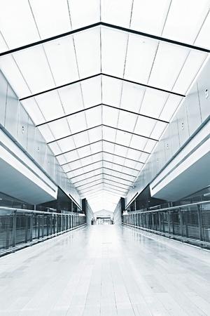 interieur van de moderne architectuur in de luchthaven van Shanghai.