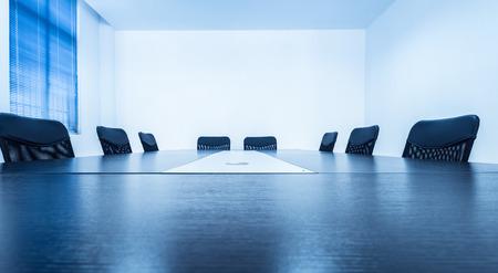 Tables et chaises de salle de conférence Banque d'images - 34061638