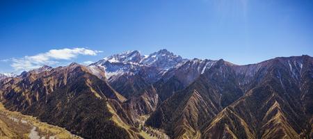 Snow mountain, high altitude, Xinjiang, China Standard-Bild